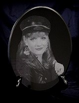 laser etched portrait marble oval